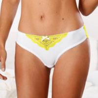 Biele midi nohavičky so žltou čipkou