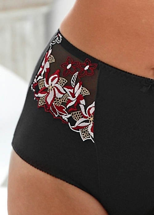 Čierne zoštíhľujúce nohavičky s kvetinovou výšivkou